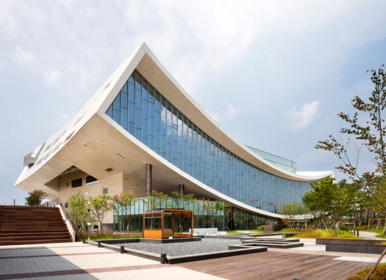 SAMOO-national-library-of-sejong-city-designboom-03