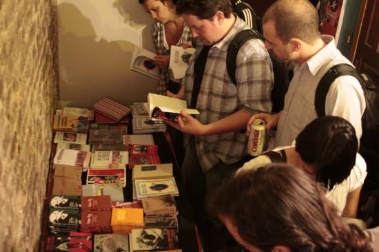 A Deriva é uma editora anarquista de Porto Alegre, que publica livros com temática libertária e anarquista.
