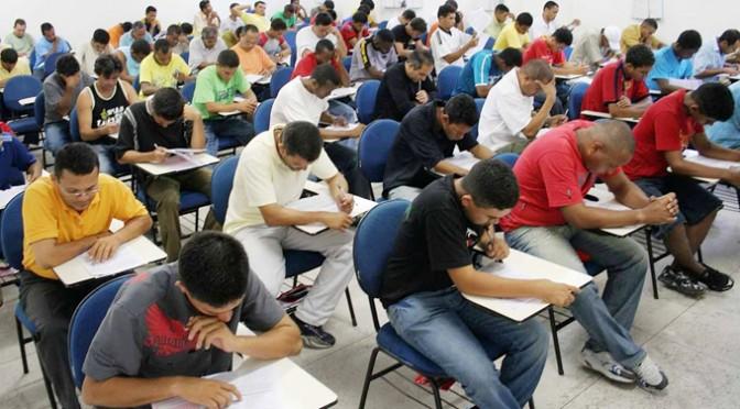 Concurso para Professor Assistente – Universidade Federal Fluminense